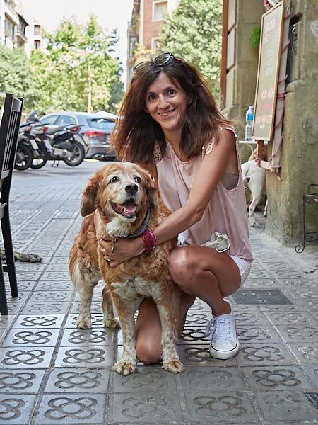 Evento de degustación de galletas para perros en Barcelona